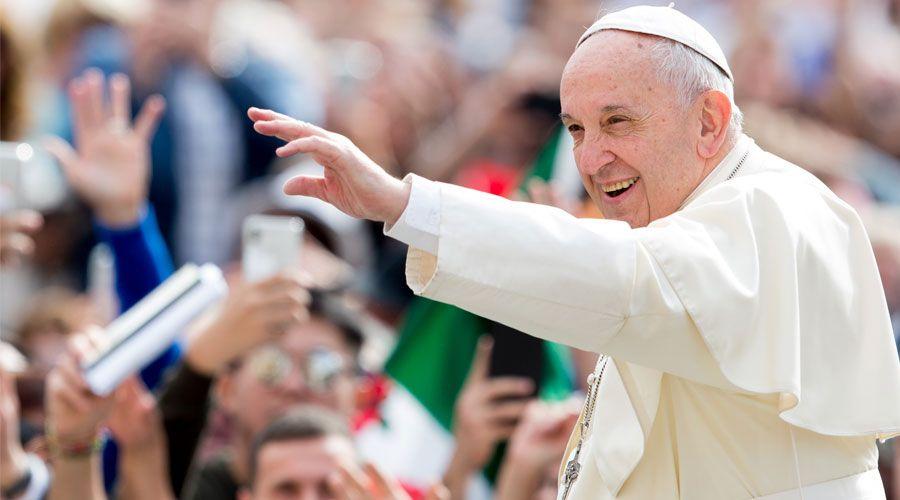 catequesis papa francisco agua bautismo