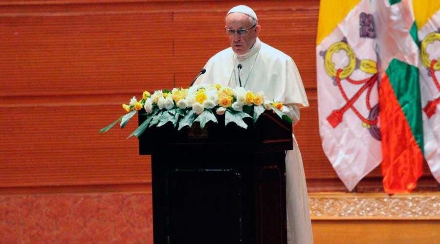 papa francisco myanmar birmania