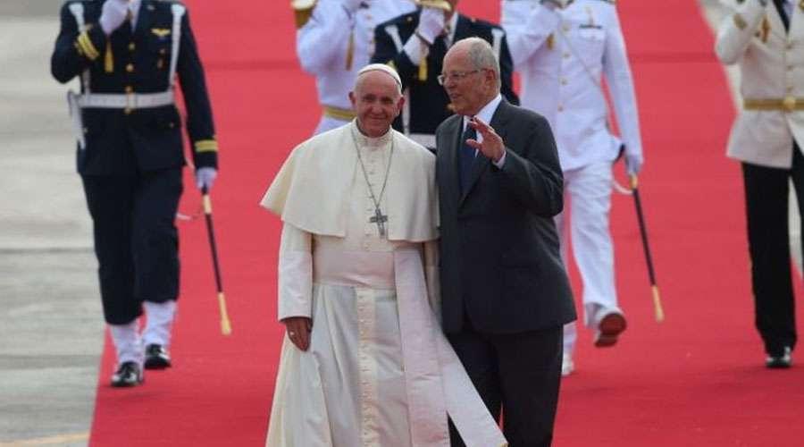 El Papa Francisco llegó a Perú