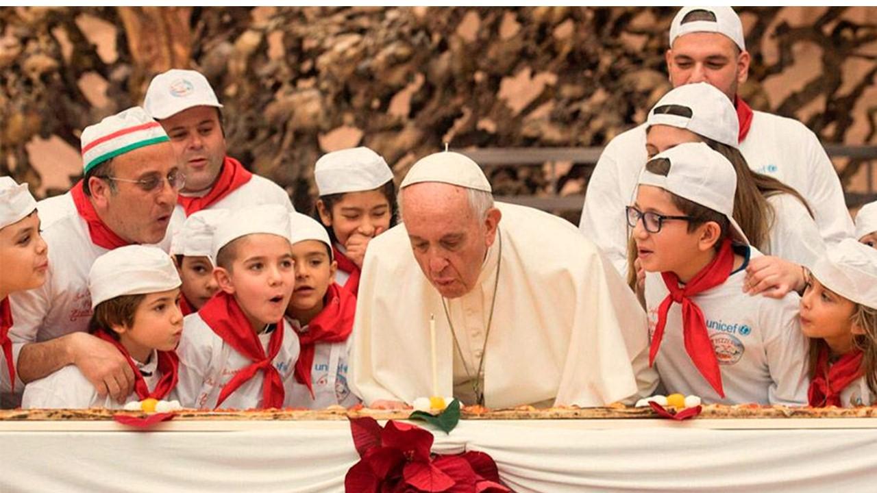 ¡Feliz Cumpleaños 82 Papa Francisco!