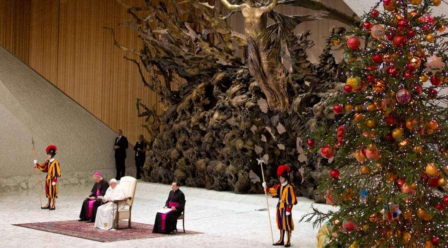 papa francisco audiencia general navidad