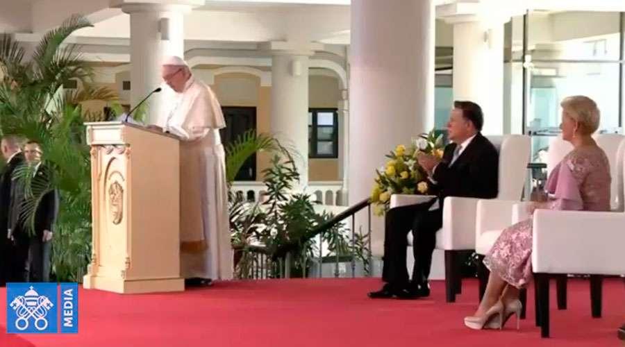 papa-francisco-discurso-presidente-panama