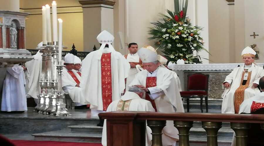 Ordenación Episcopal de Mons. Luis Augusto Campos
